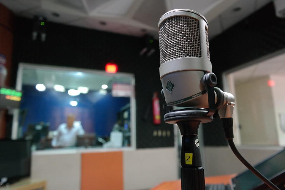 """Média citoyen : """"Ouiz Radio"""" @ Agopop, Maison des habitants"""